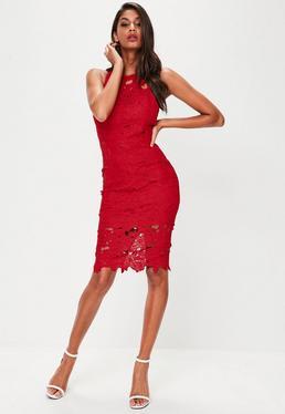 Vestido midi de crochet con encaje en rojo