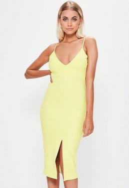 Vestido midi con escote en v abertura frontal de scuba en amarillo