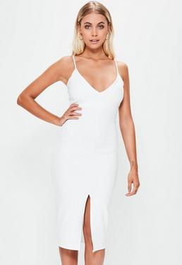 Biała sukienka midi z głębokim dekoltem i rozcięciem z przodu