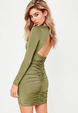 Dopasowana sukienka mini z długim rękawem marszczona z tyłu w kolorze khaki