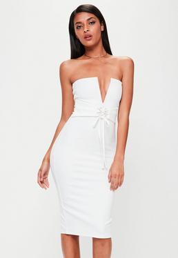 Biała dopasowana sukienka midi z głębokim dekoltem V