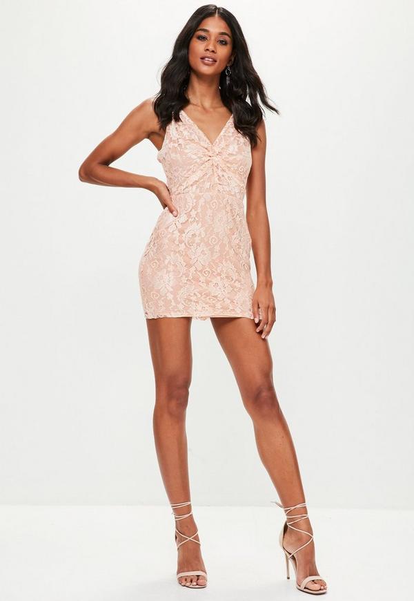 rosa spaghettitr ger kleid aus spitze missguided. Black Bedroom Furniture Sets. Home Design Ideas