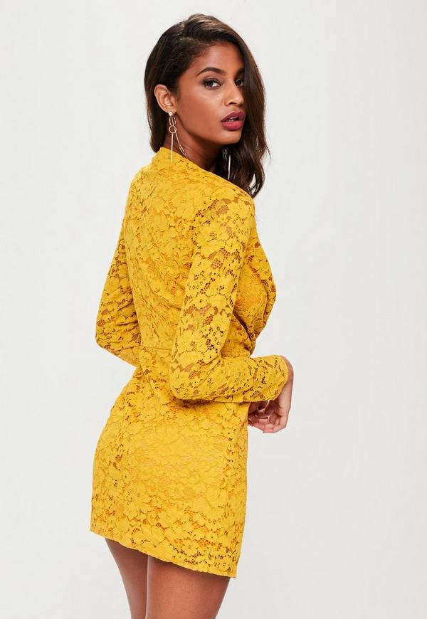 robe jaune en dentelle d collet plongeant missguided. Black Bedroom Furniture Sets. Home Design Ideas