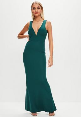 Vestido largo con escote en v en verde