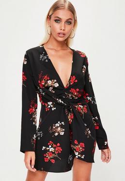 Vestido recto de estampado floral con frontal cruzado en negro