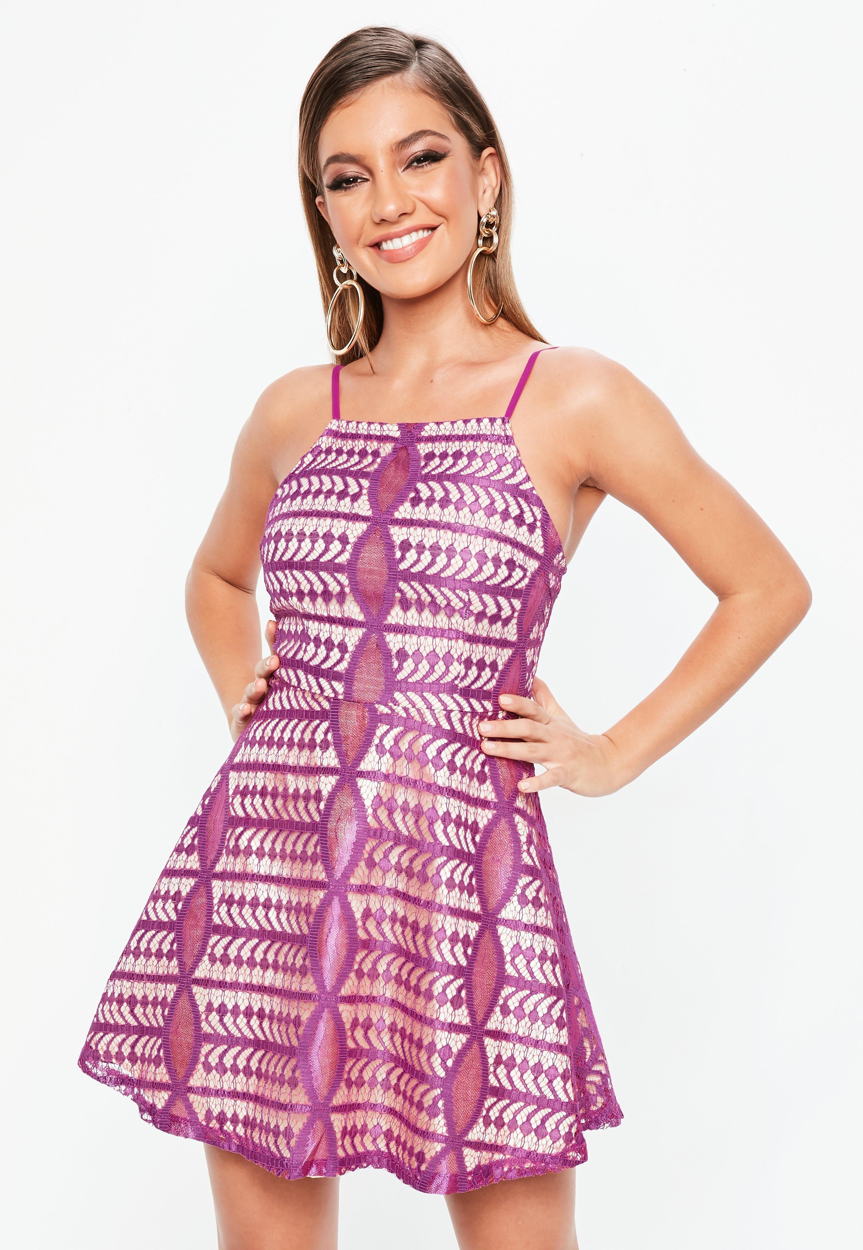 Vestido de encaje | Vestidos de encaje cortos - Missguided