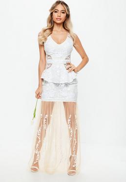 Vestido largo de encaje con transparencias en blanco