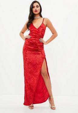 Vestido largo de terciopelo en rojo