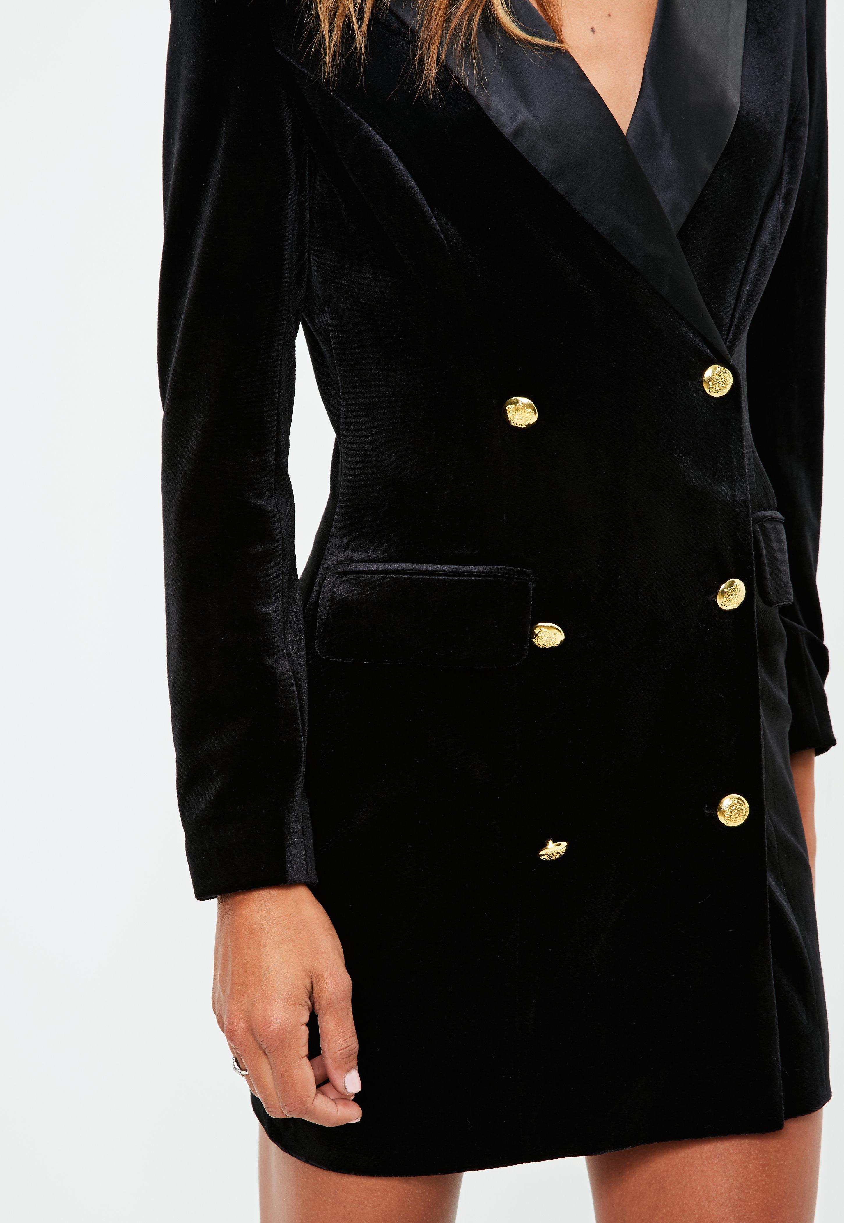 Vestido negro botones dorados