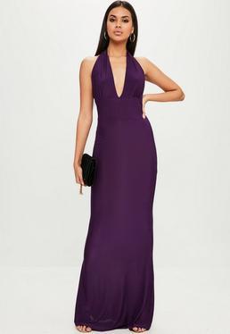 Fioletowa sukienka z głębokim dekoltem