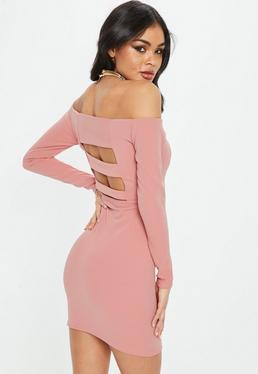 Różowa dopasowana sukienka bardot
