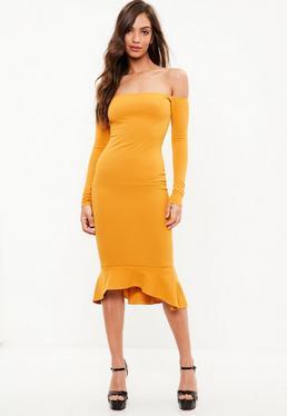 Żółta sukienka bardot z falbanką