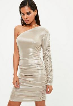Vestido asimétrico con fruncidos en metalizado