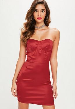 Czerwona satynowa sukienka mini