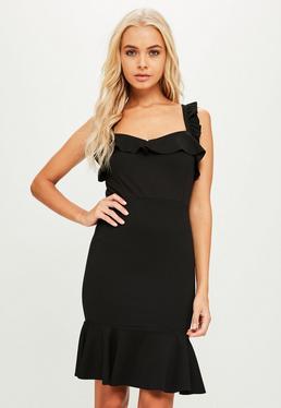 Vestido corto de volantes en negro