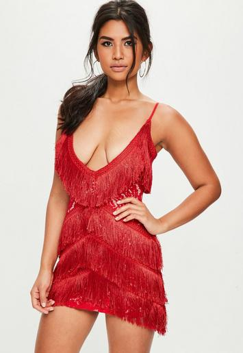 Robe courte rouge franges d collet plongeant missguided - Code reduction point rouge la redoute ...