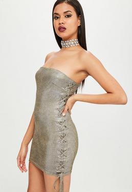 Carli Bybel x Missguided Vestido palabra de honor en dorado metalizado