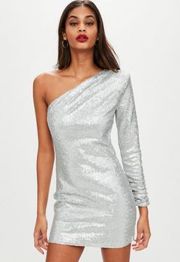 Srebrna cekinowa sukienka z jednym rękawem