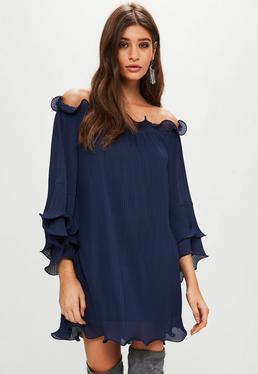 Vestido con vuelo de escote bardot plisado en azul marino