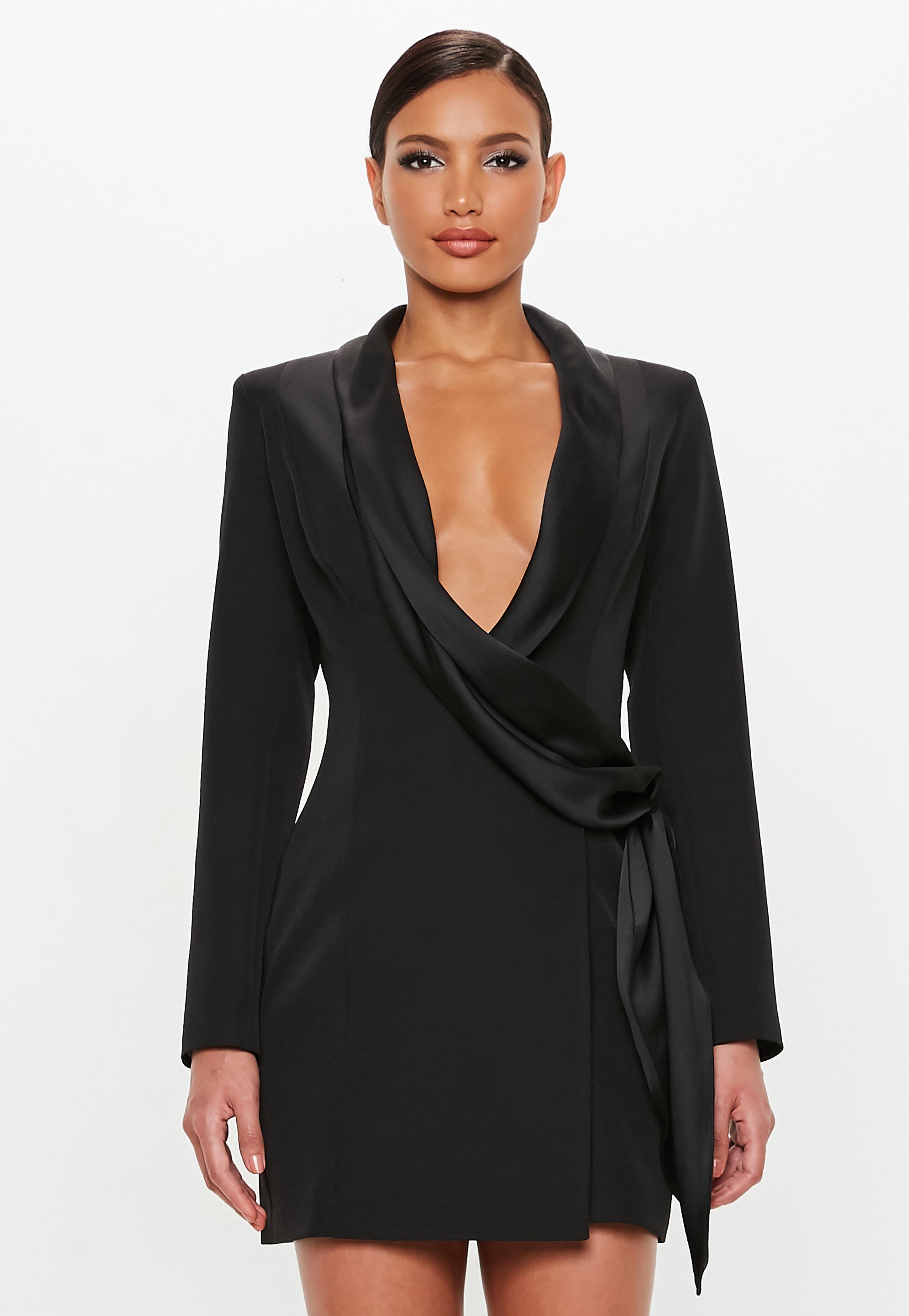 Vestido negro largo con blazer