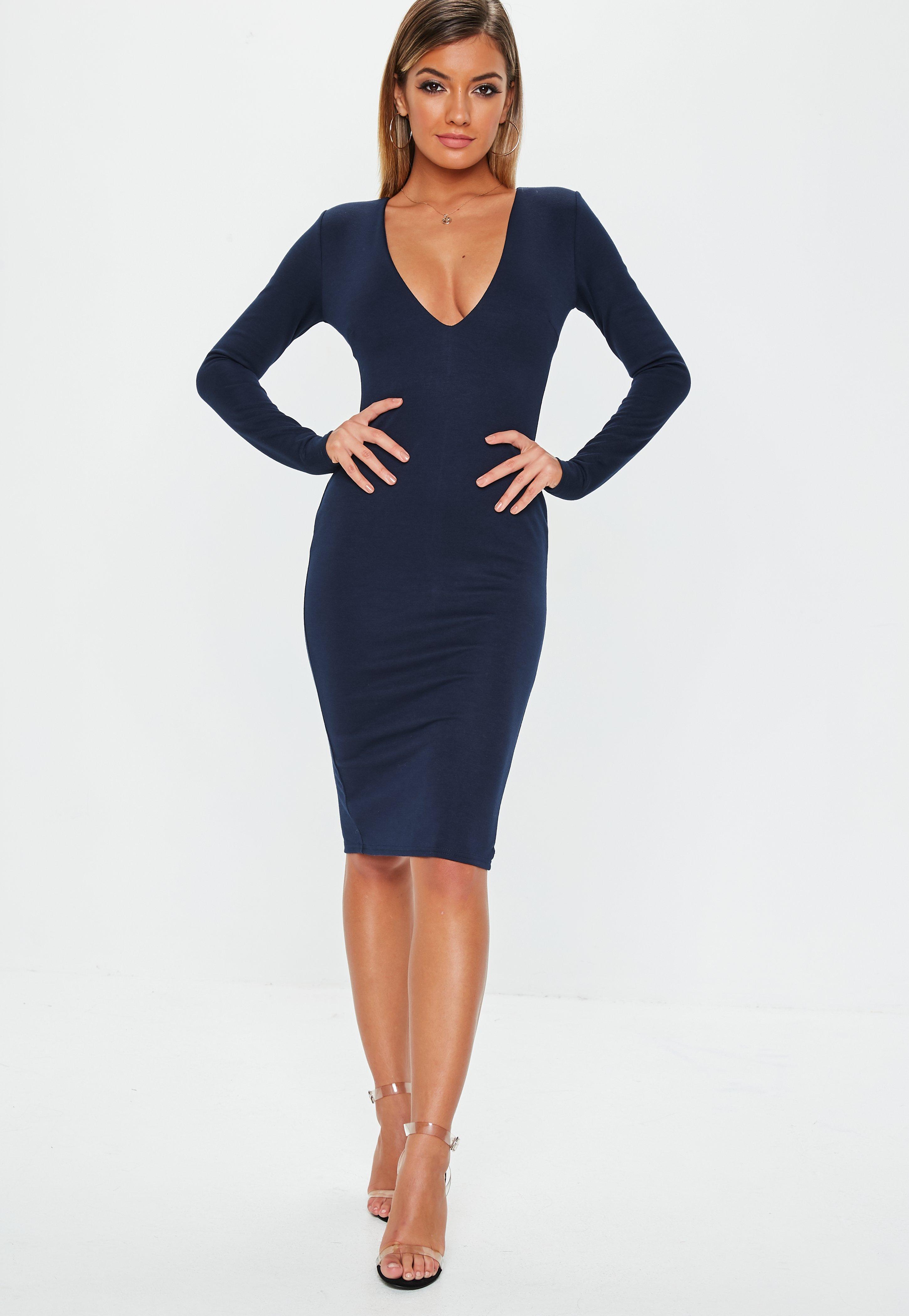 Vestido azul manga abierta
