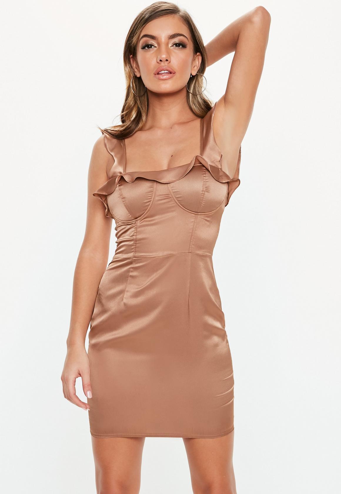 Missguided - robe courte en satin  à volants - 1