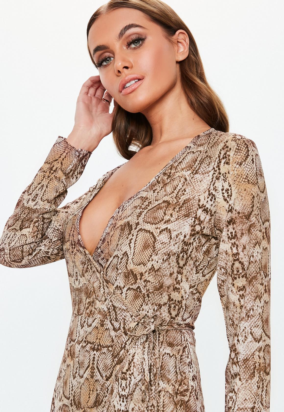 Missguided - robe midi portefeuille marron à imprimé serpent - 3