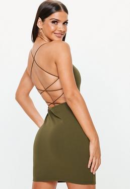 Escotes de espalda para vestidos cortos