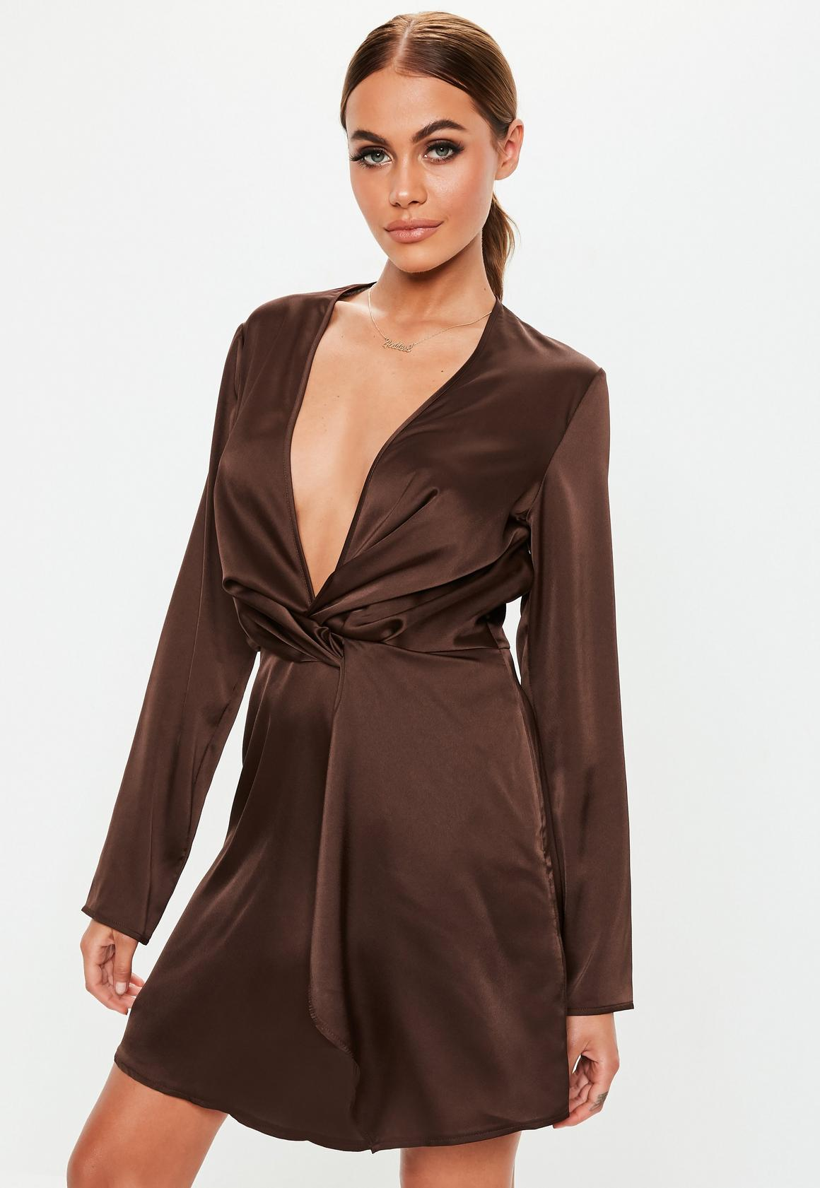 Missguided - robe courte en satin  vrille devant - 1