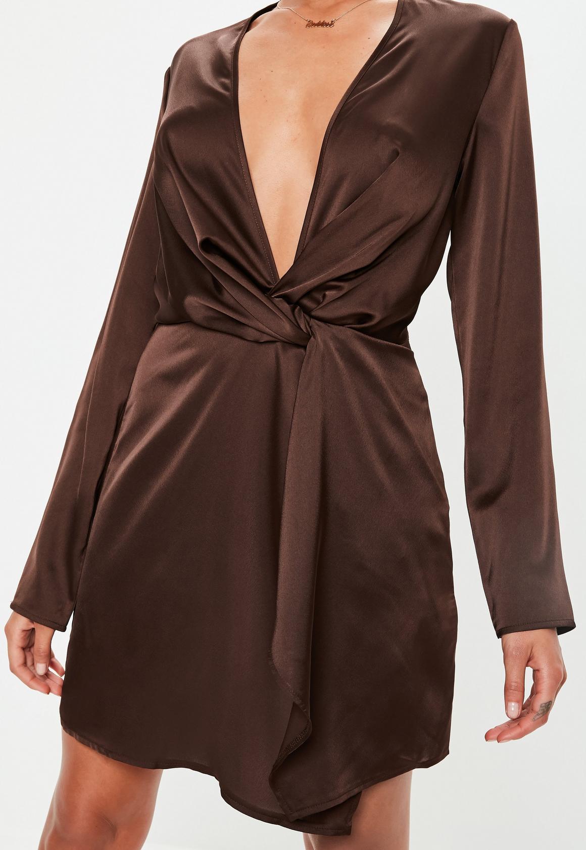 Missguided - robe courte en satin  vrille devant - 3