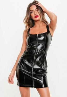 32b06fcb466 ... Robe courte noire en simili cuir à zips