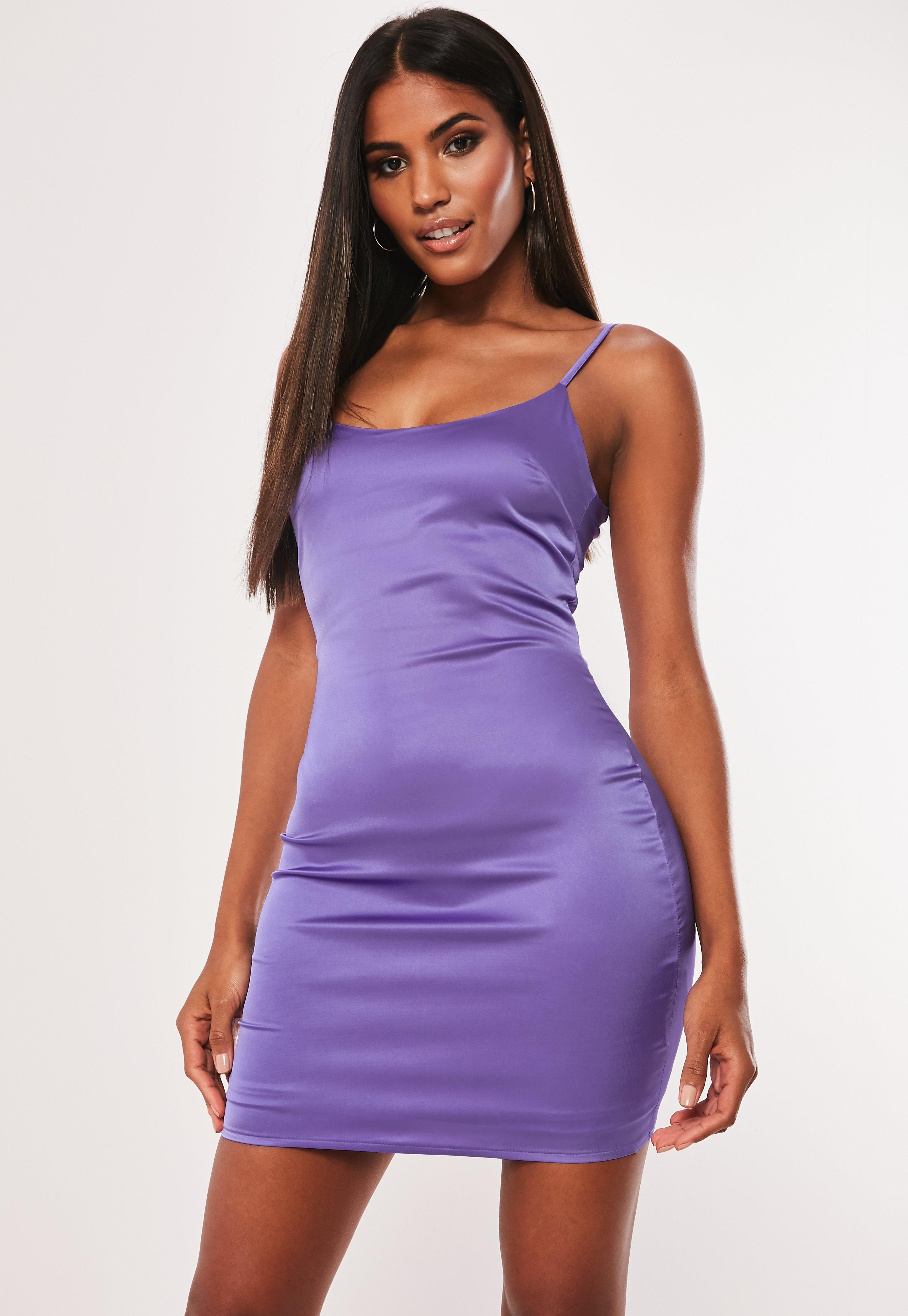 96953576 Fioletowa sukienka mini na ramiączkach