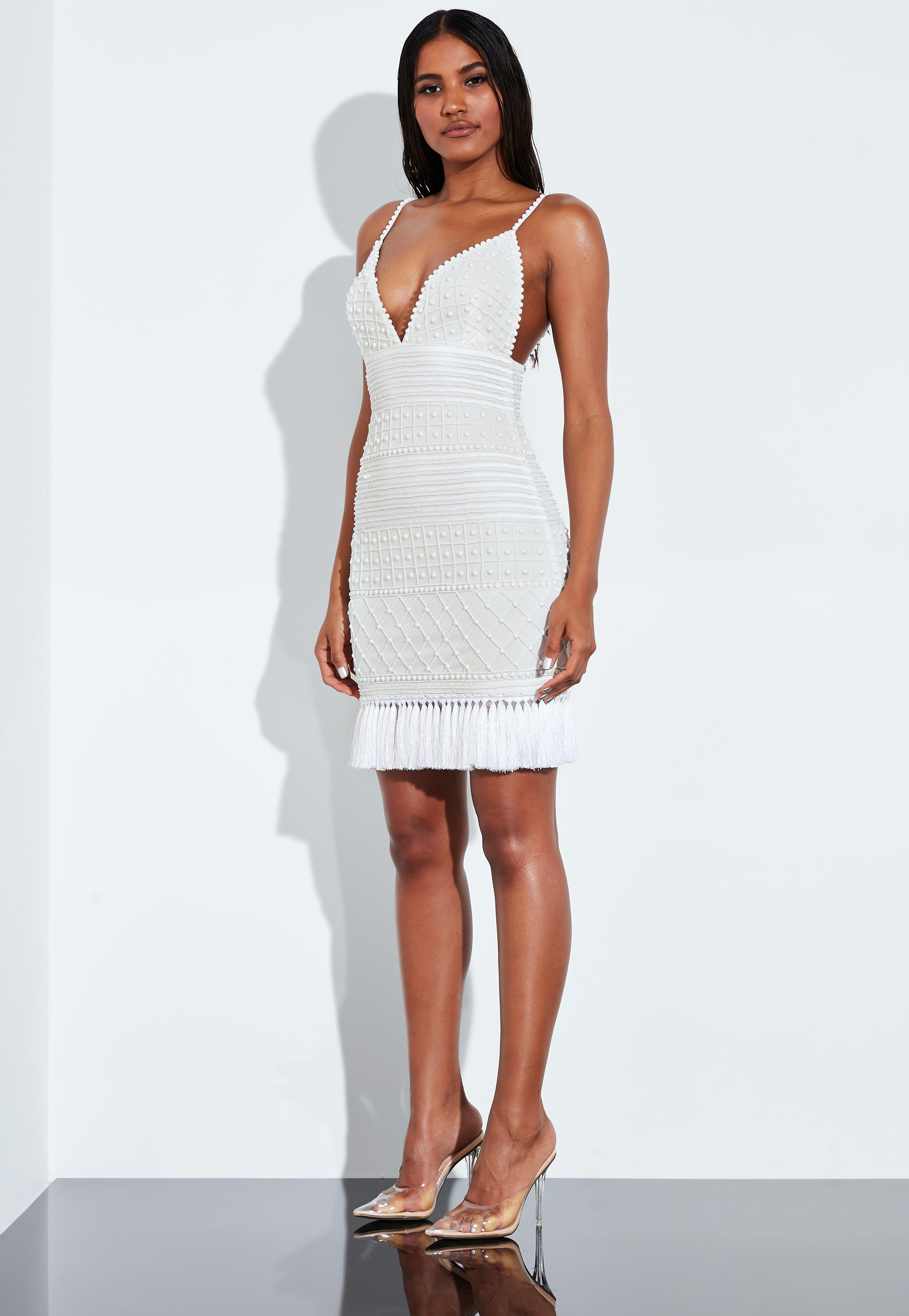 d2d2a49b Embellished Dresses | Embroidered & Beaded - Missguided IE