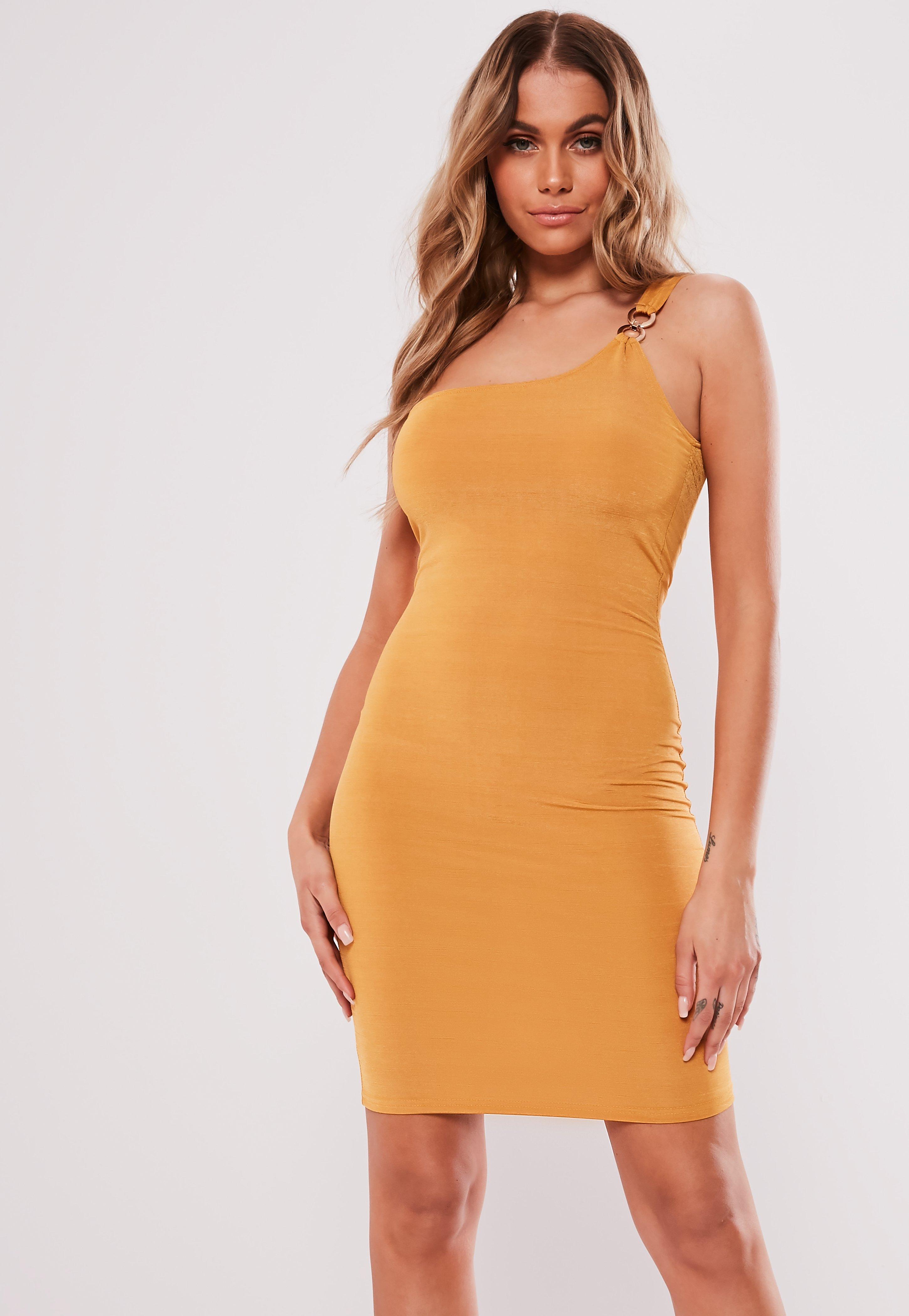 d51b37d36c1b One Shoulder Dresses Online - Missguided