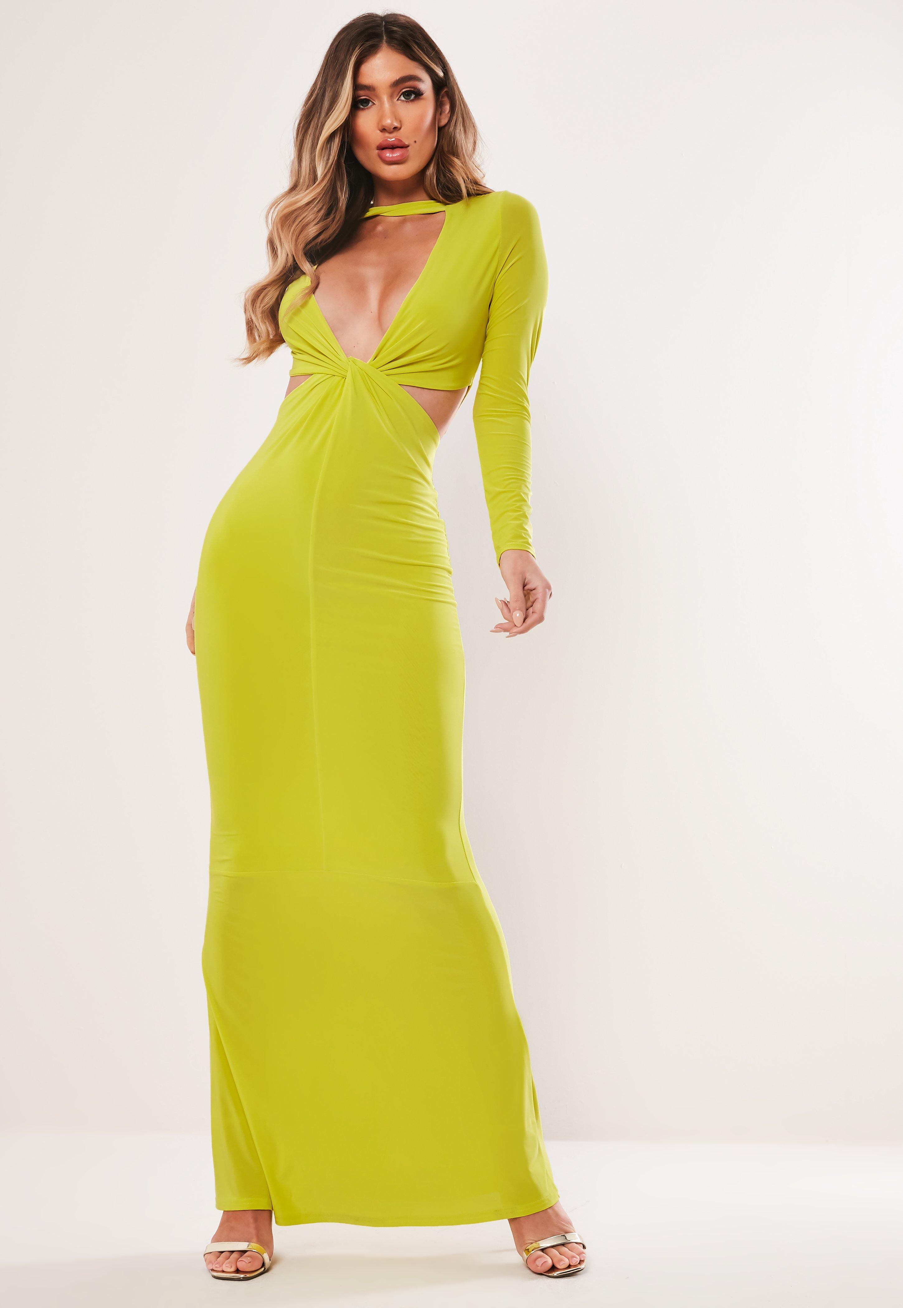 Żółta neonowa sukienka maxi z głębokim dekoltem