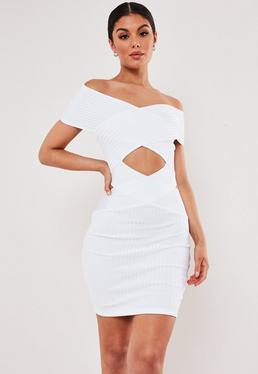 6ef52ba651 ... Biała sukienka Premium z wycięciem z przodu i na plecach