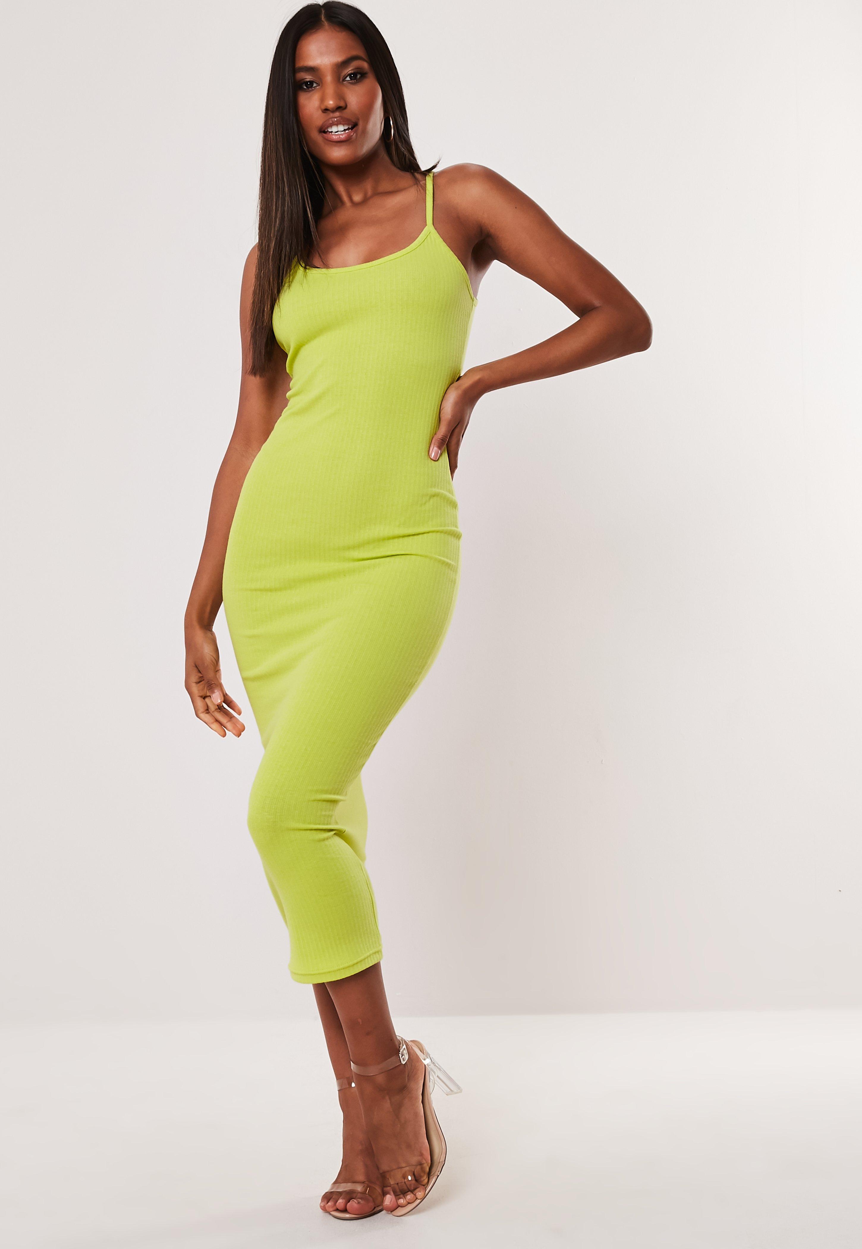 edf2aae92745 Midi Dresses | Knee Length Dresses - Missguided