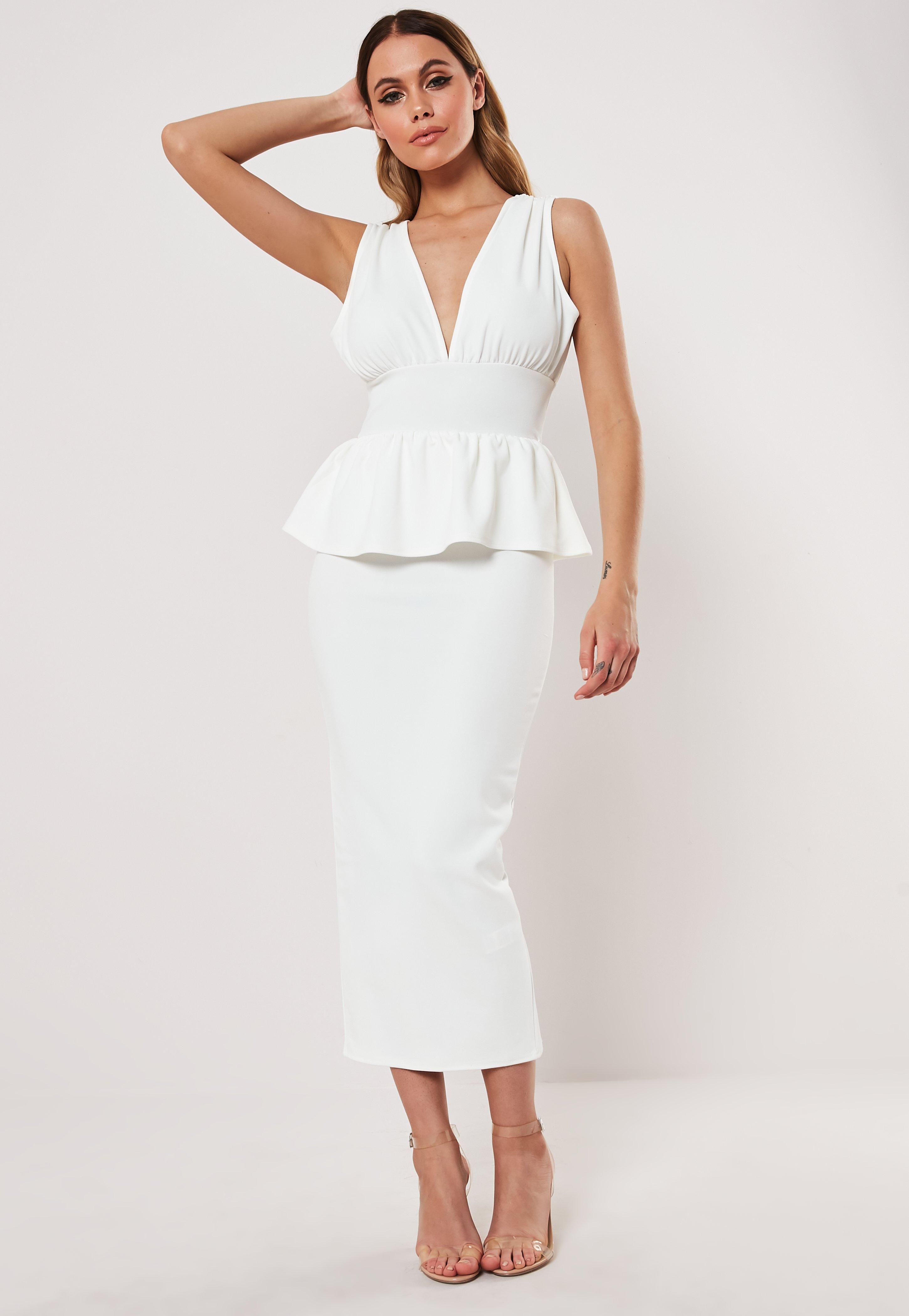 5309c067d Robe blanche mi-longue péplum
