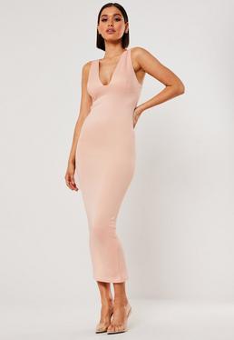 Обнаженное платье мидакси с глубоким бюстом