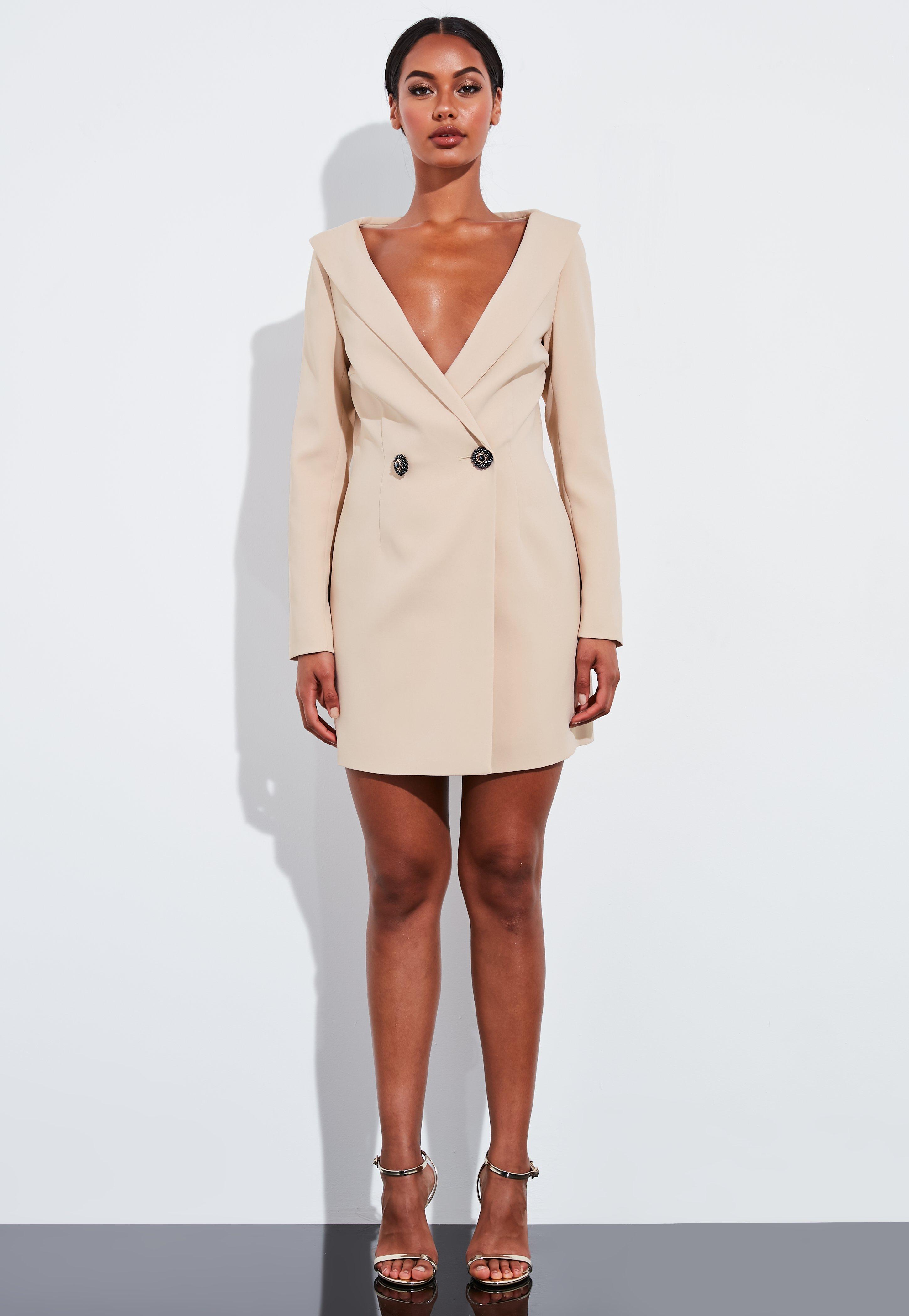 el mejor diseño unico precio oficial Peace + Love Vestido blazer escote pronunciado botones de predería en nude  grisáceo
