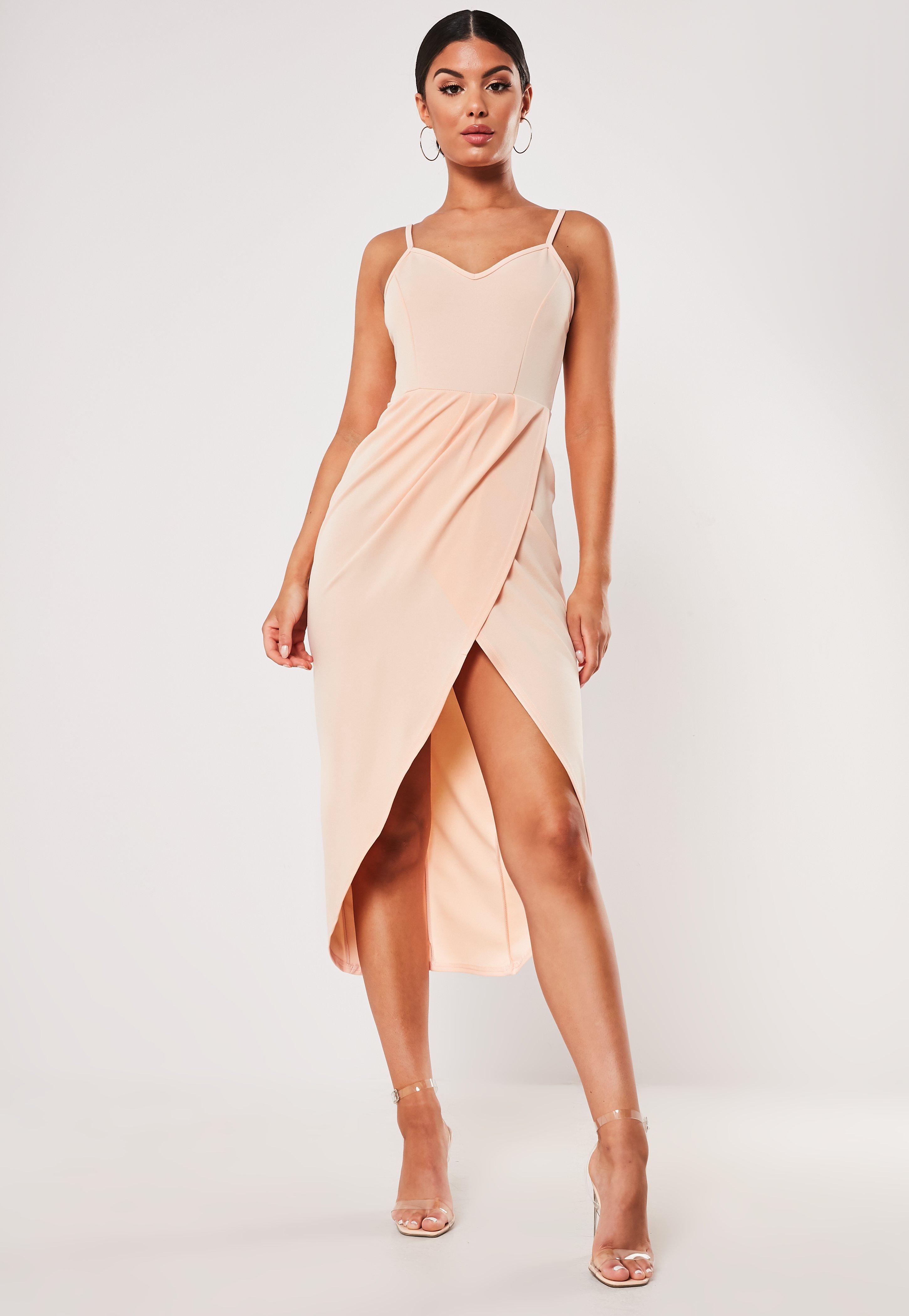 57572c05 Cielista zawijana sukienka midi na ramiączkach