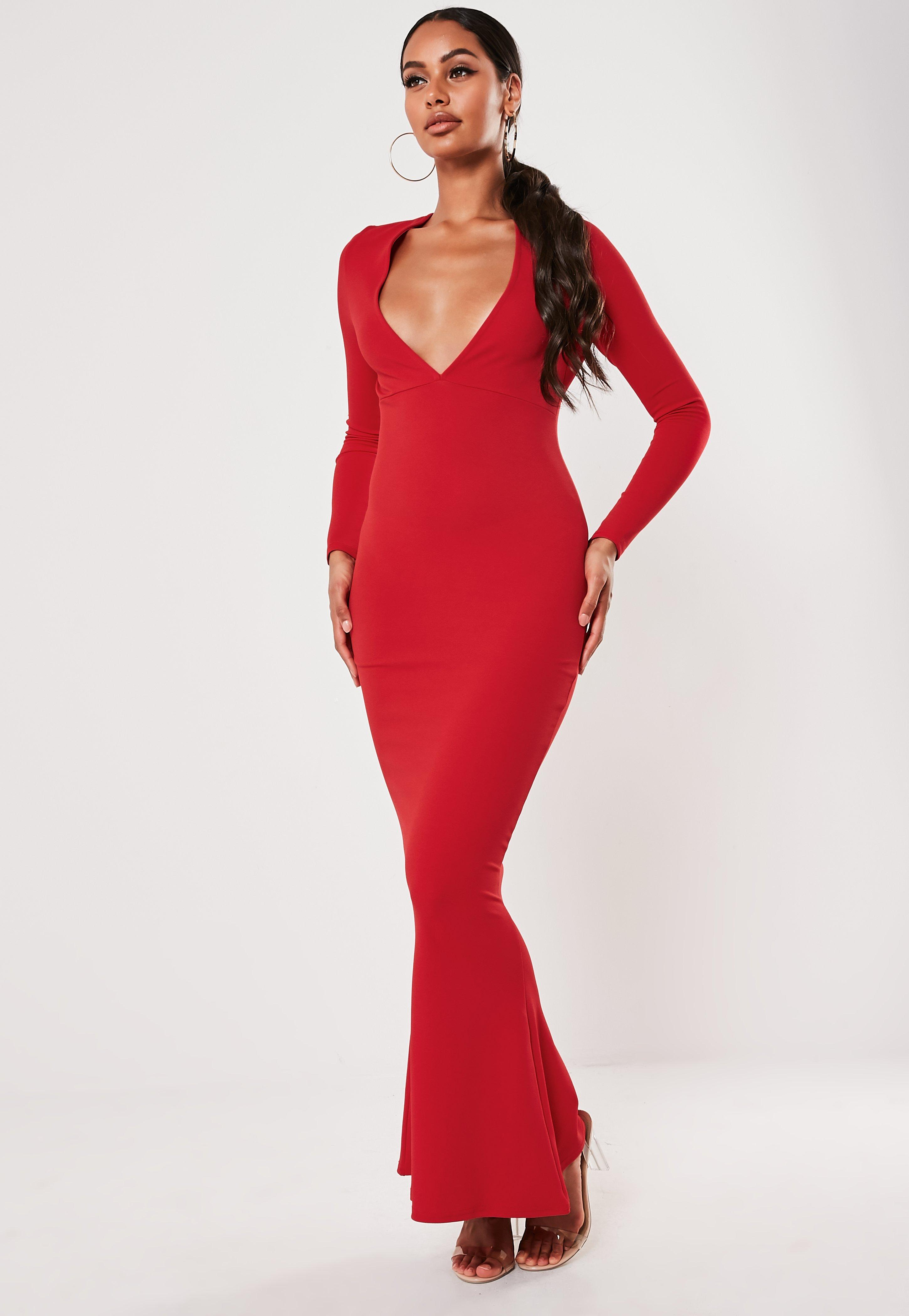 Robe Longue Rouge Marine Decollete Plongeant