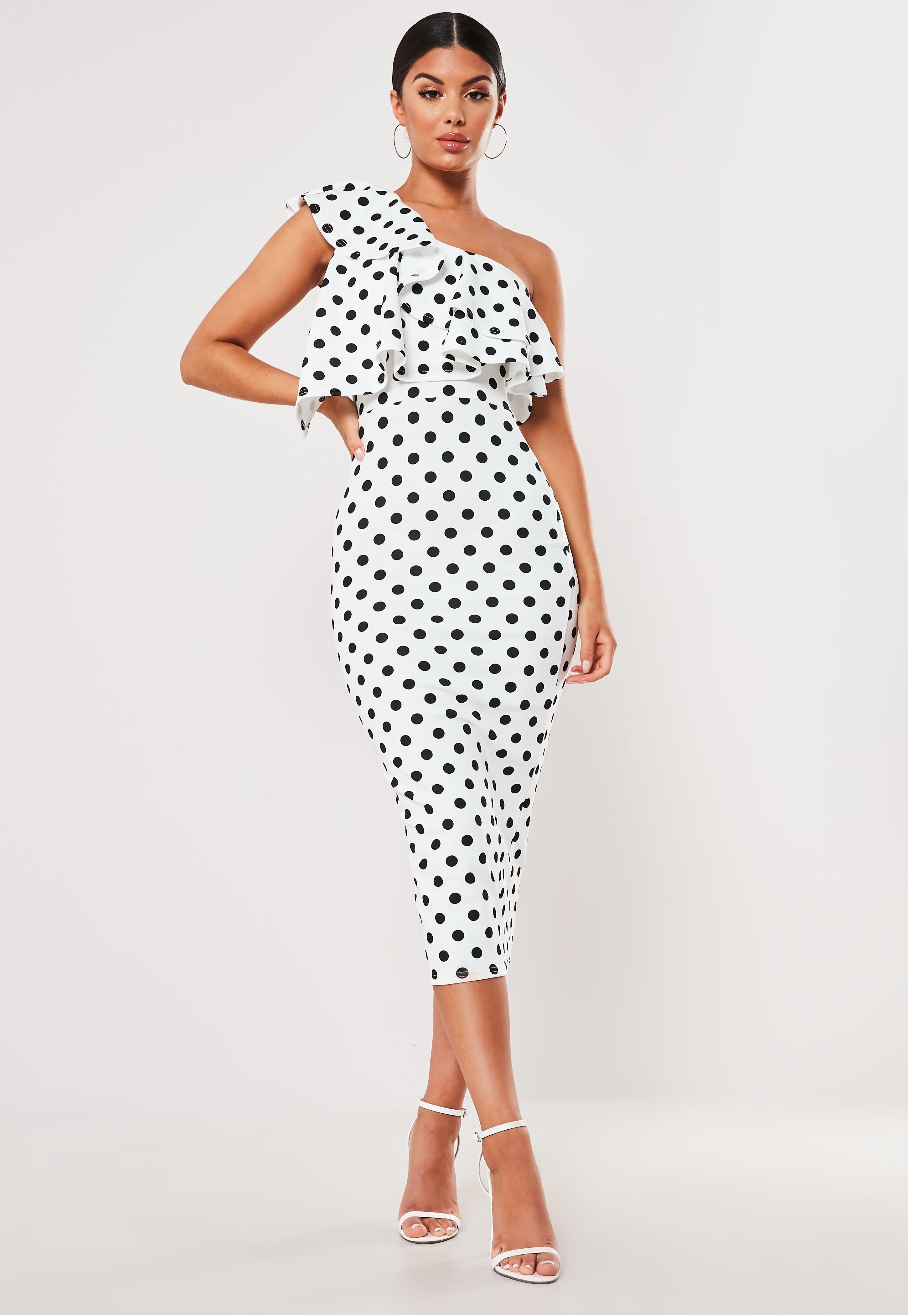 mejor valor duradero en uso precios baratass Vestido midi ajustado asimétrico con lunares en blanco