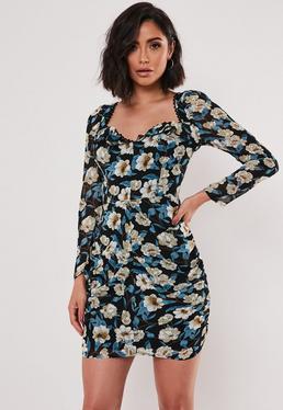 Черное цветочное мини-платье с квадратным вырезом