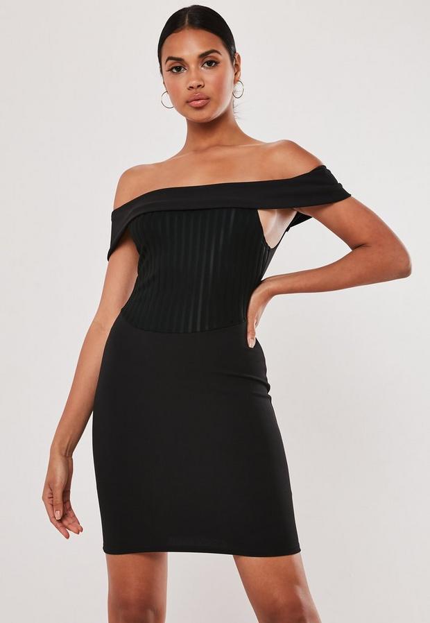 Robe courte noire côtelée effet corset et col bateau, Noir