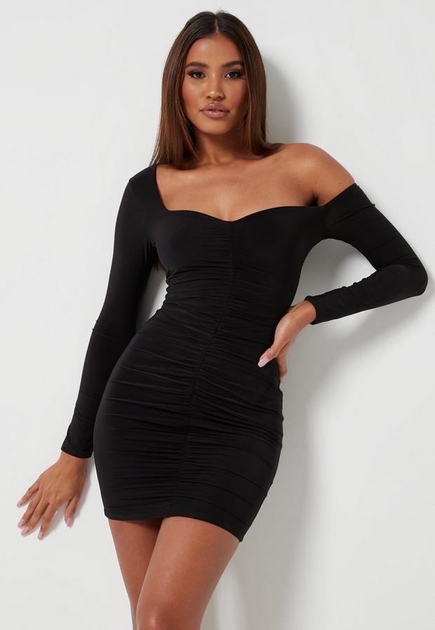 Robe courte noire froncée près du corps, Noir