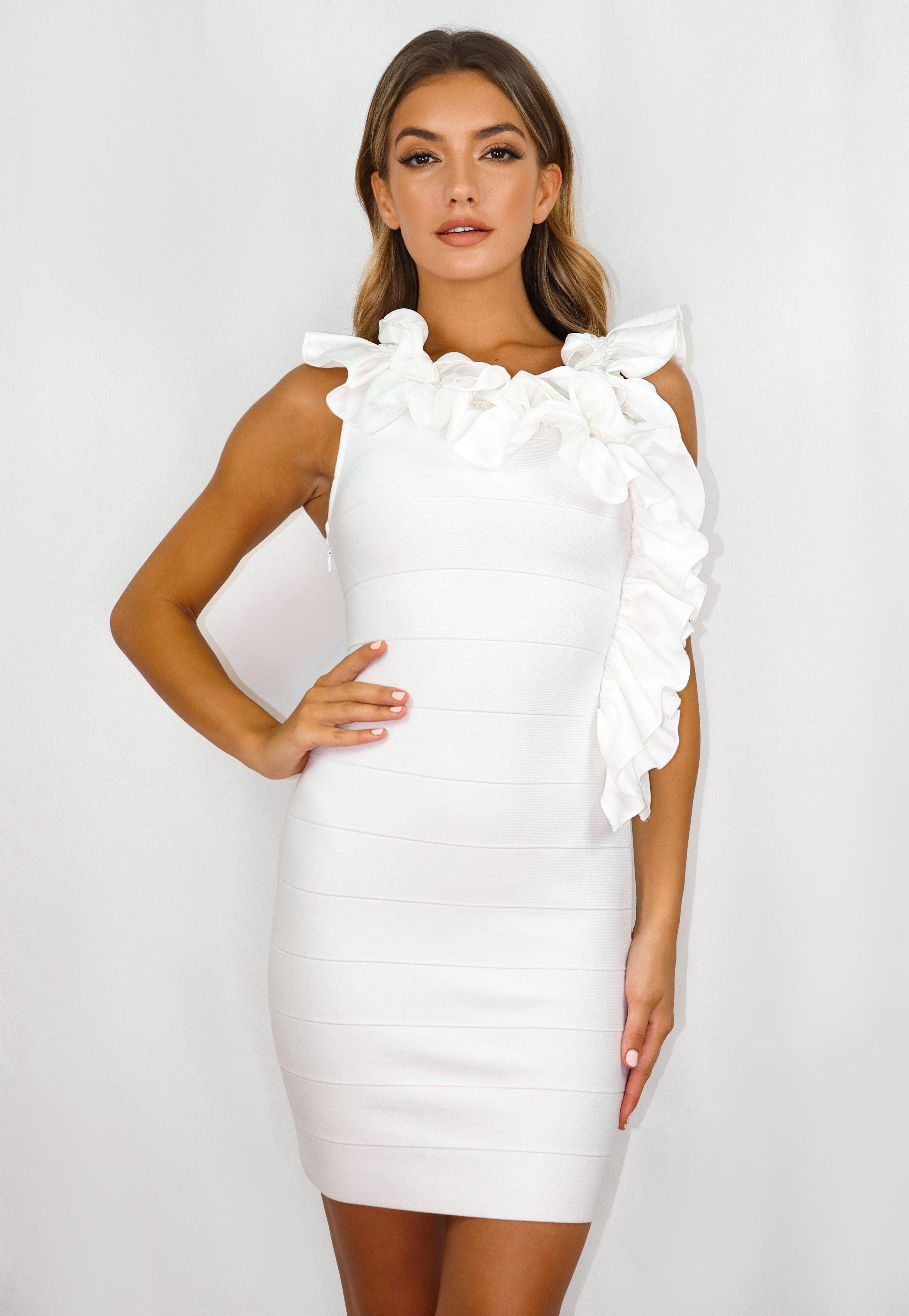 Minikleid im Bandage-Stil mit Rüschen und tiefem Rückenausschnitt in Weiß