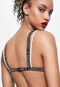 Biały trójkątny biustonosz z siatki z logo Londunn + Missguided