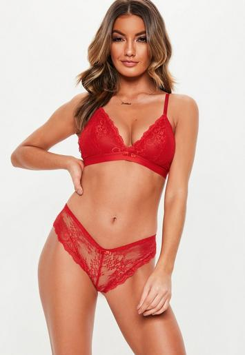 Red Lace Soft Bra And Brief Set Missguided