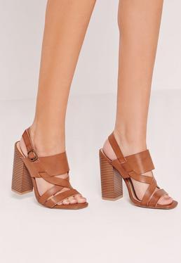 Sandales marron en simili cuir à talon carré